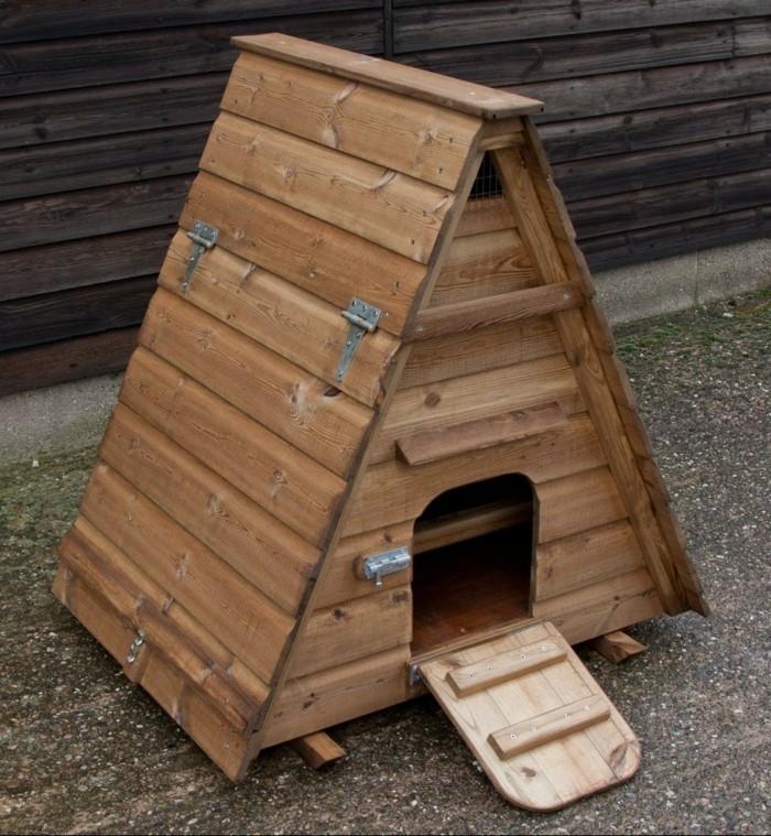 huhnerstall-selber-bauen-ein-kleiner-huhnerstall