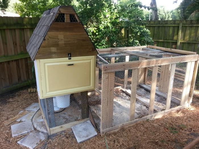 huhnerstall-selber-bauen-jeder-kann-einen-schonen-huhnerstall-selber-bauen