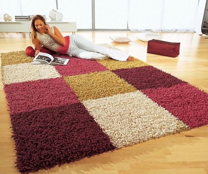 hochwertige-designerteppiche-hobby-auf-dem-teppich-lesen