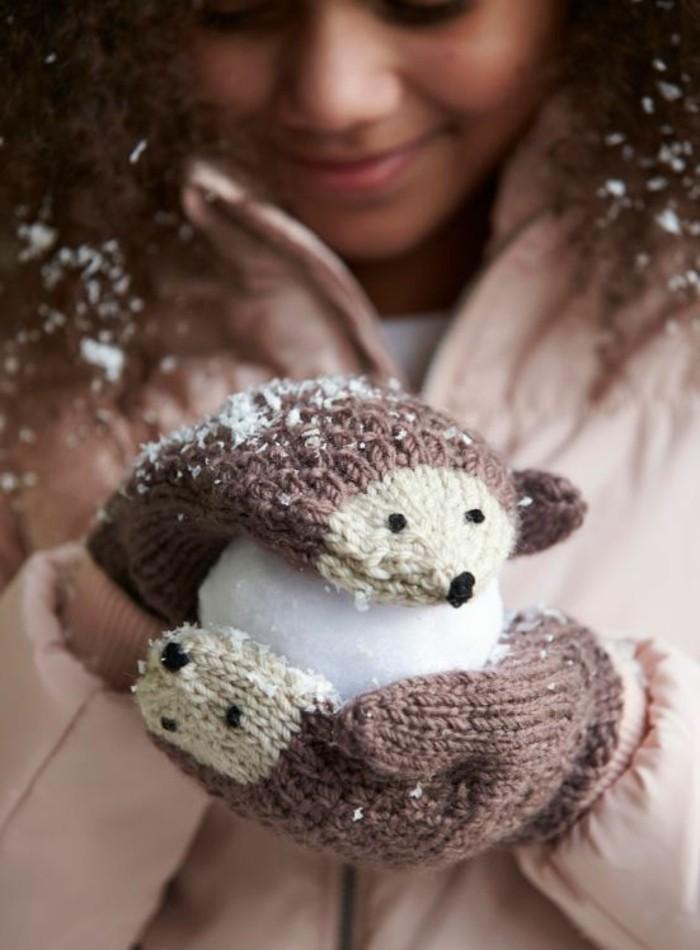 igel-basteln-kindergarten-zwei-suse-handschuhe