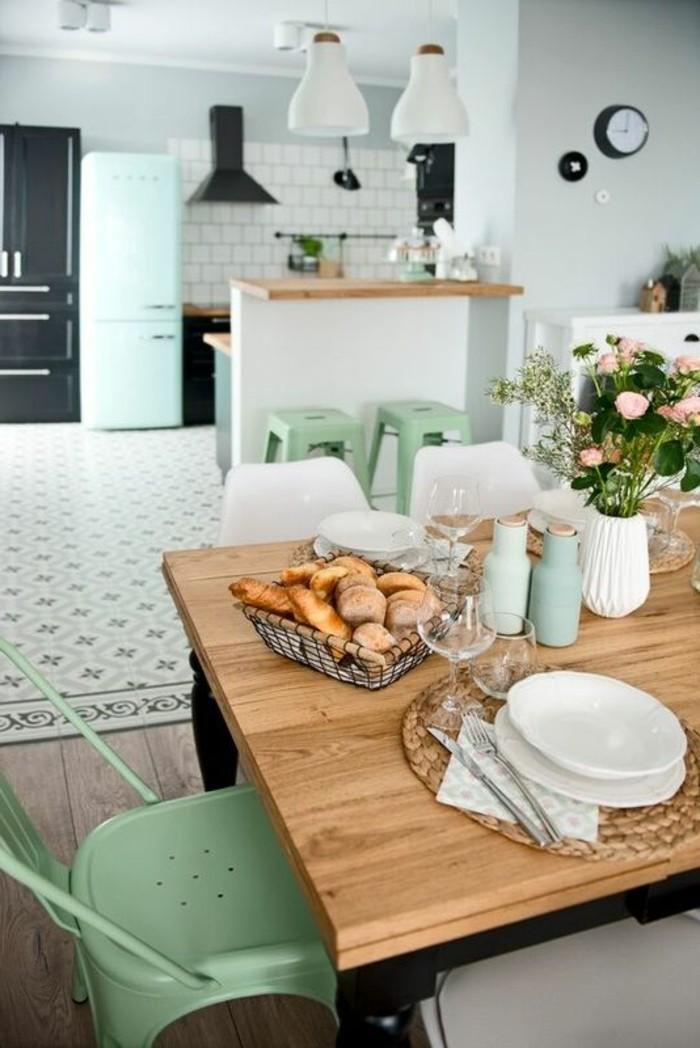 Küchendekoration für eine frische Atmosphäre in der Küche.