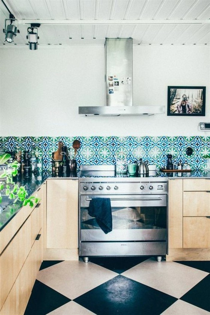 Emejing Alte Küche Aufpeppen Ideas - Milbank.us - milbank.us