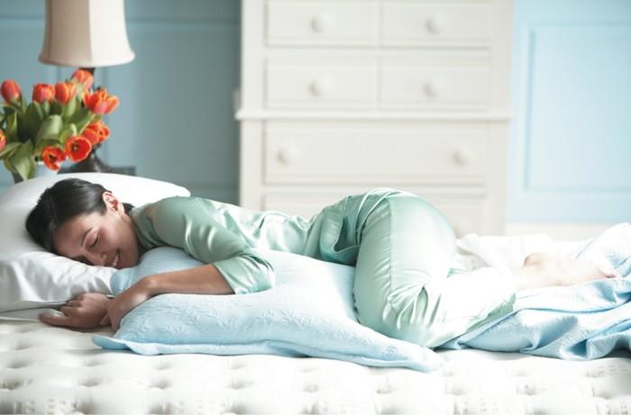 komfortable-matratze-genuss-wahrend-des-schlaffs