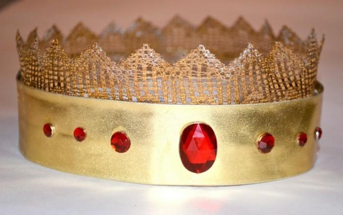 Relativ Krone basteln - hier finden Sie 40 Ideen für die kleinen Adligen DG68