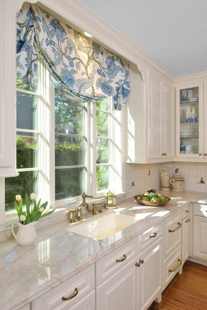 landhaus-kuchengardinen-stilvoll-fenster-dekorieren