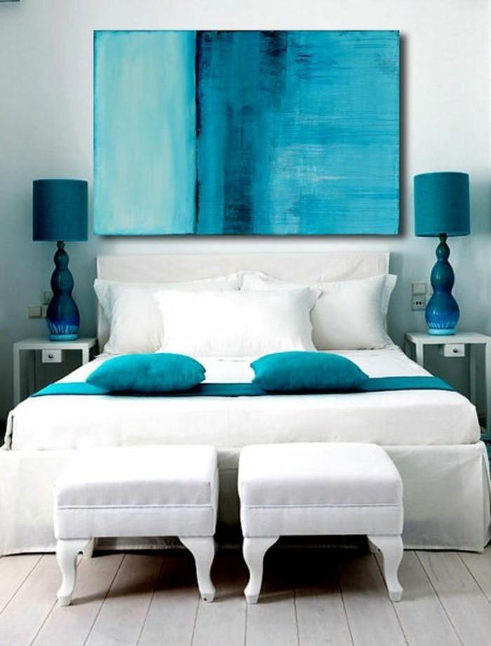 leinwandbilder-xxl-schlafzimmer-blau-weis-doppelbett