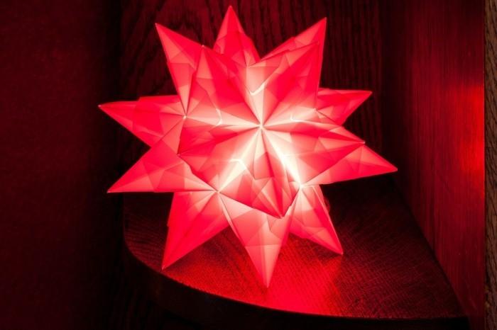 leuchtender-stern-aus-papier