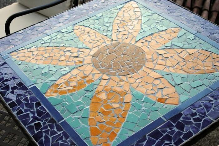 mosaikfliesen-verlegen-wie-eine-blume
