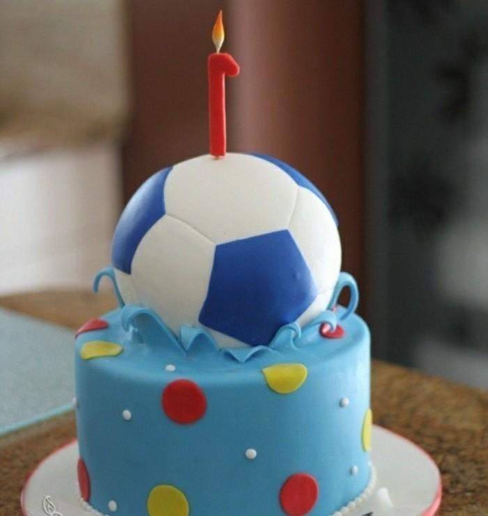 motivtorten-selber-machen-fusball-torte-minitorte-zum-ersten-geburtstag