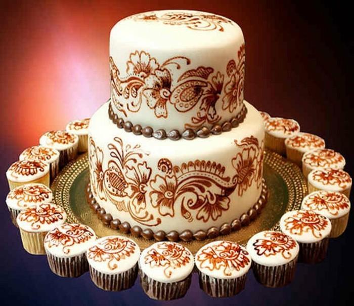 motivtorten-selber-machen-torten-mit-fondant-henna-torte