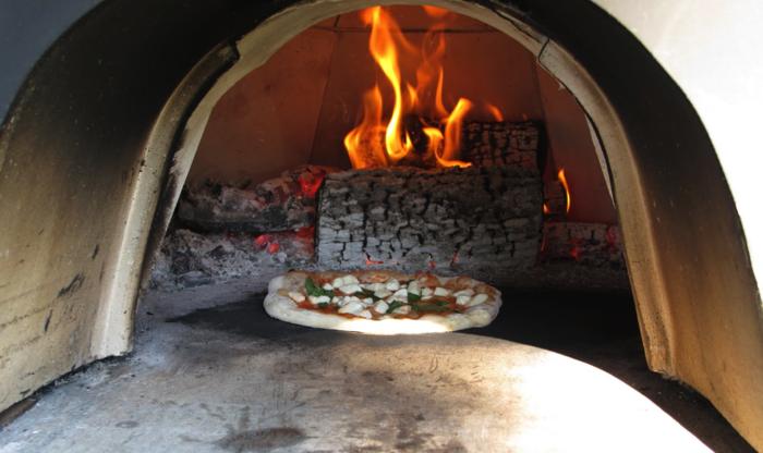 pizzaofen-selber-bauen-jeder-kann-einen-pizzaofen-selber-bauen