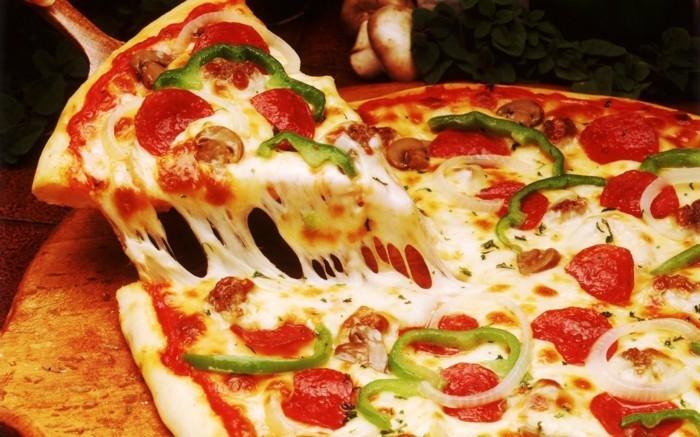 pizzaofen-selber-bauen-jeder-will-eine-solche-pizza-backen