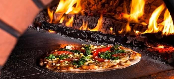pizzaofen-selber-bauen-leckere-pizza-backen