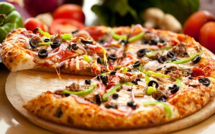 pizzaofen-selber-bauen-leckere-pizza