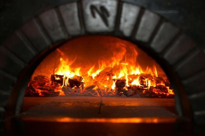 pizzaofen-selber-bauen-pizza-und-pizzaofen