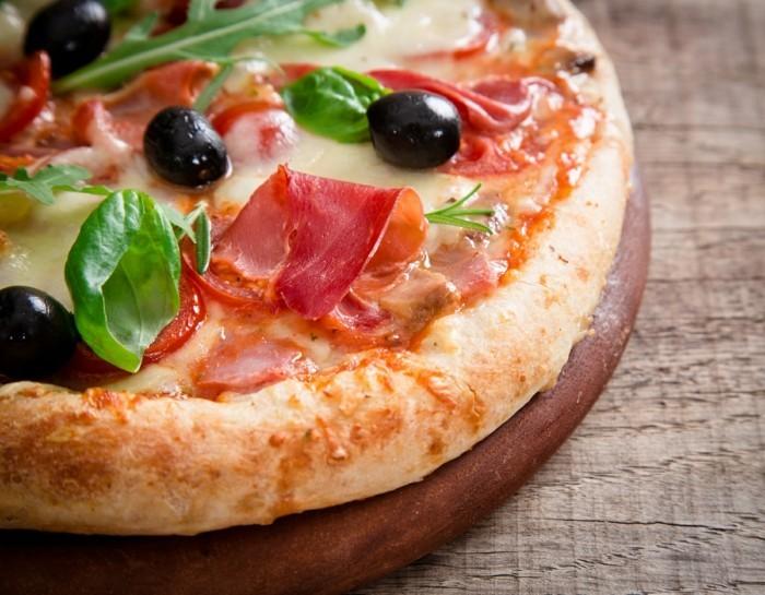 pizzaofen-selber-bauen-wenn-sie-eine-solche-pizza-backen-wollen-können-sie-einen-pizzaofen-selber-bauen