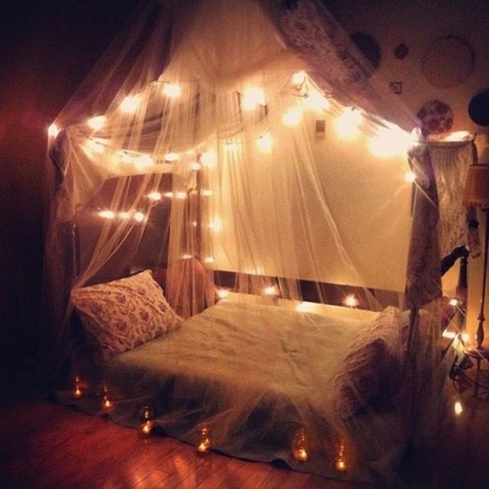 schlafzimmer-fur-prinzessinen-lichtkerzen-bett-umkreist-lichter-mini-lampen-led-licht
