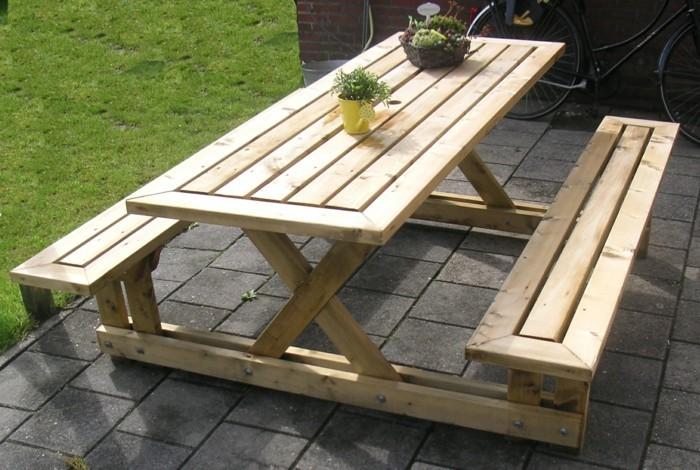 Holztisch selber bauen  Tisch selber bauen - über 80 kreative Vorschläge! - Archzine.net