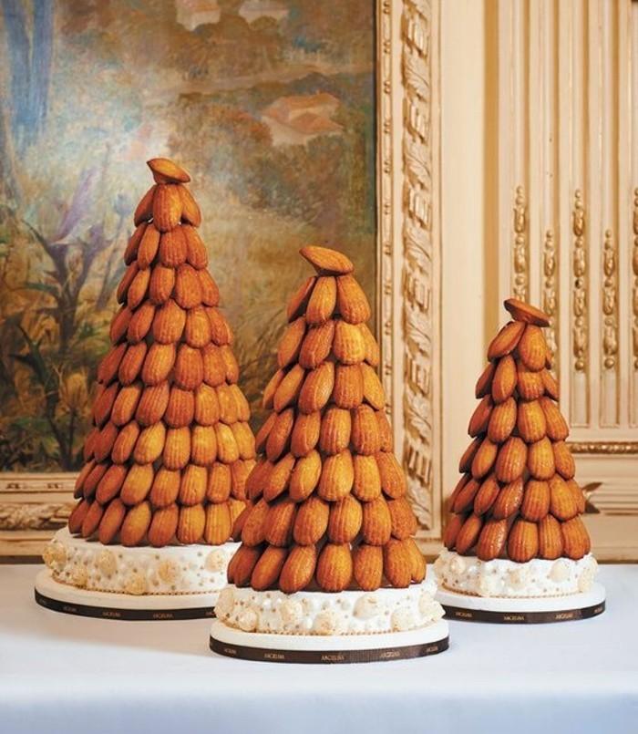 torten-zur-taufe-hausgemachte-tauftorte-aus-kekse