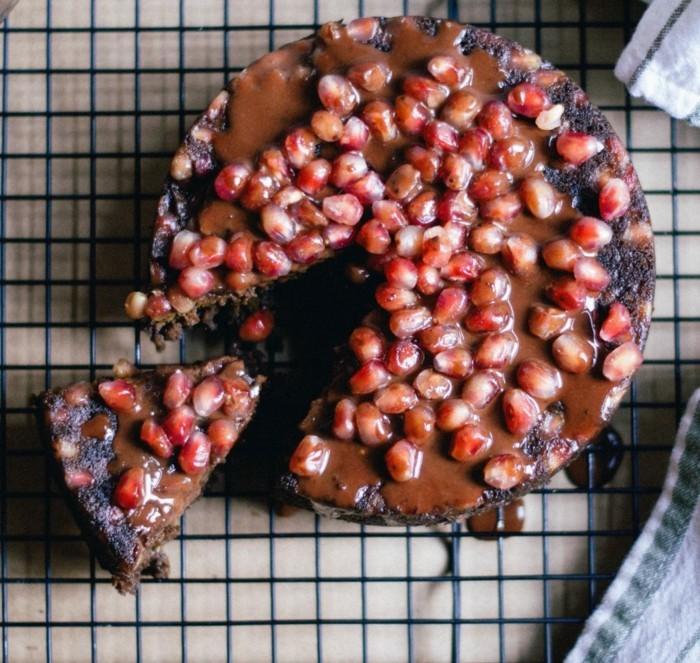 vegane-torte-vegane-torten-granatapfel-veganer-kuchen