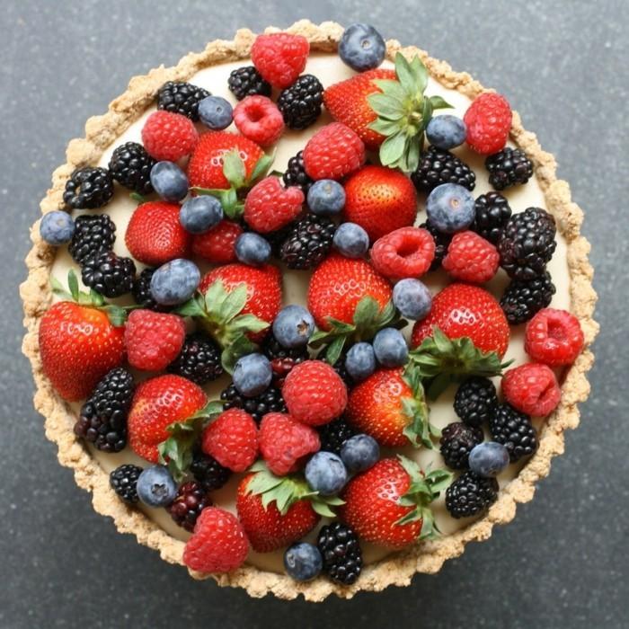 vegane-torte-veganer-kuchen-vegan-backen-fruchte