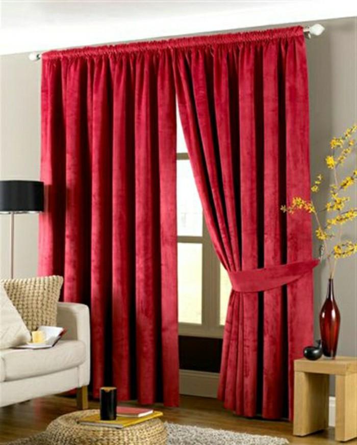 wohnzimmer-gardinen-ideen-und-vorhange-aus-samt-imperial-rot