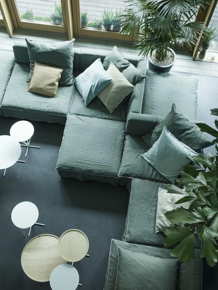 wohnzimmer grau violett: noch ein Sessel gehören in jedes noch so kleine Wohnzimmer Möbel
