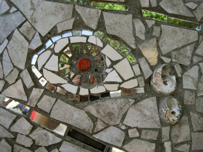 3mosaik-auf-der-strase-auge-mit-mosaiksteinen-selber-basteln-mosaikvorlage-mosaik-basteln