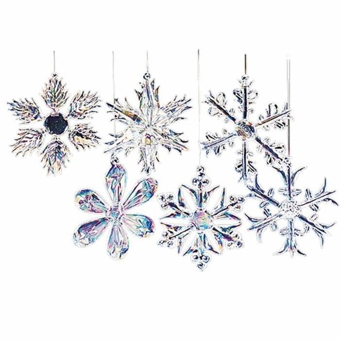 3weihnachtsbaum-schmuck-glas-winterdeko-schneeflocken-aus-glas-farbnuancen-weihnachtliche-stimmung