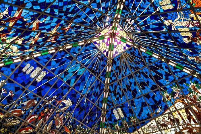 5glasmosaik-strahlen-durchlassen-mosaikglas-mosaikdecke-mosaikdach-bastelnmitmosaiksteinen