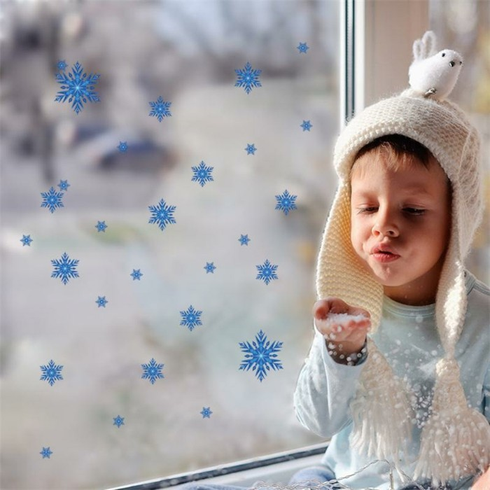 fensterbilder-zu-weihnachten-frohliche-sternchen