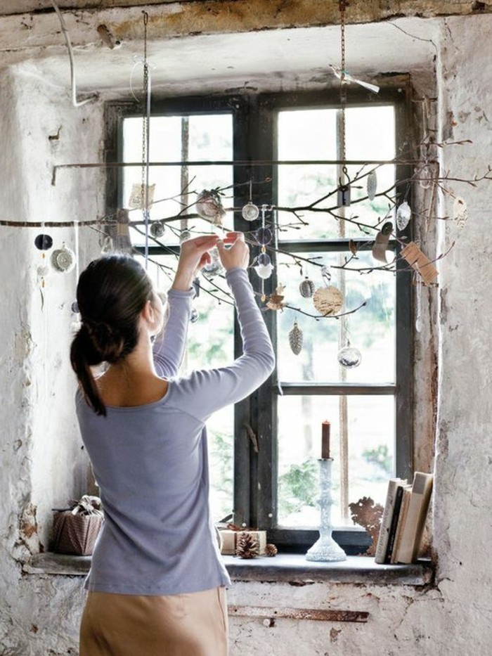 Bezaubernde winter fensterdeko zum selber basteln - Fenster weihnachtlich gestalten ...