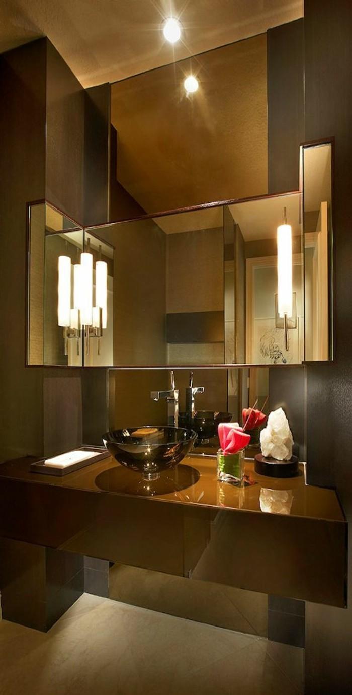 badezimmer-deko-badezimmer-gestalten-in-grau-eisernes-waschbecken-eckiger-spiegel