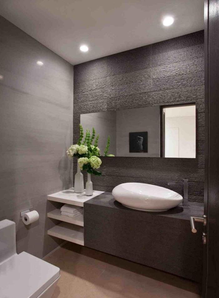 kleines bad ideen, moderne badezimmereinrichtung in weiß und anthrazit, badezimmer einrichtung