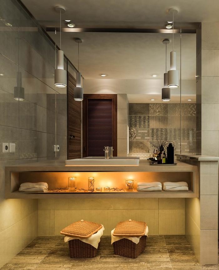 badezimmer gestaltungideen, baddesign in naturfarben, hängende leuchten, deko mit kerzen, kleines bad einrichten