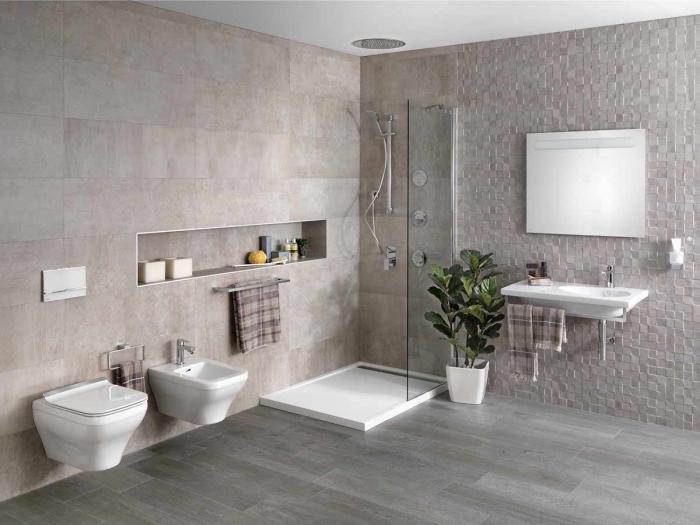 badezimmer gestaltungideen, modernes bad in weiß und beige, fliesen in natursteinoptik, duschkabine