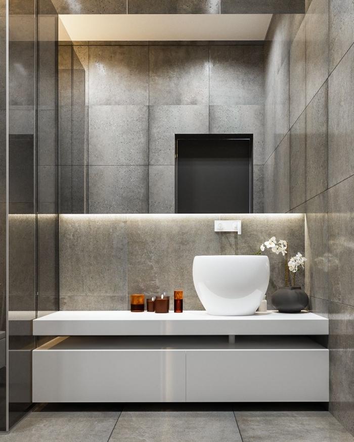 badezimmer ideen, großer spiegel mit led beleuchtung, runder waschbecken mit unterschrank, weiße orchidee