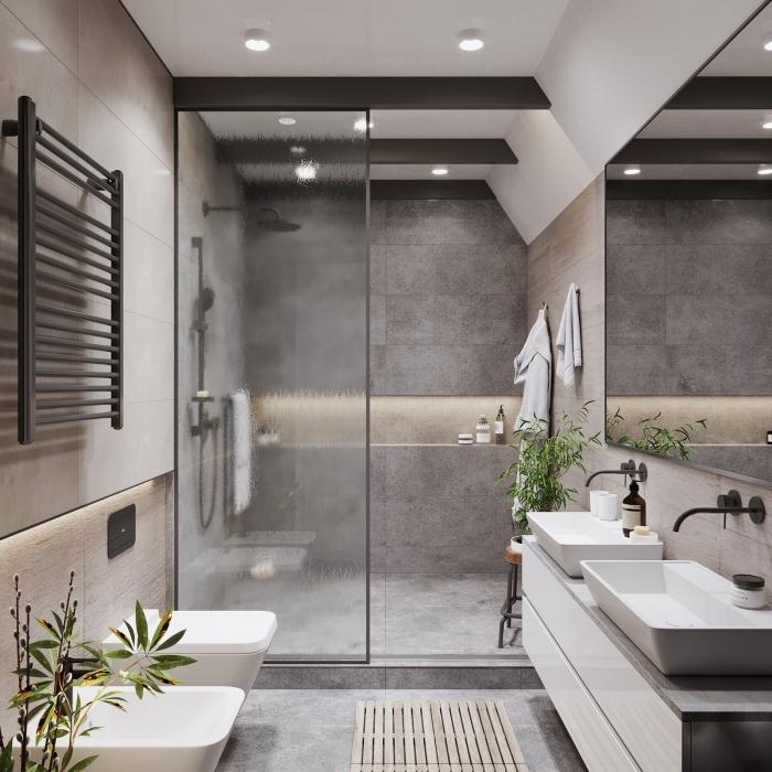 badezimmer ideen, kleines bad einrichten, badgestaltung in naturfarben, kleine grüne pflanzen, duschkabine