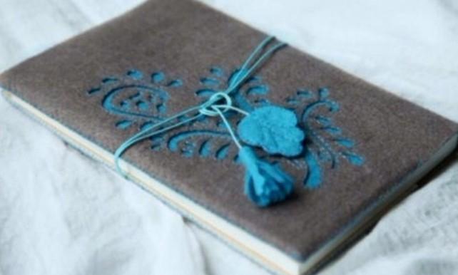 buchumschlag-selber-machen-buchhuelle-naehen-grau-blau-hase-deko
