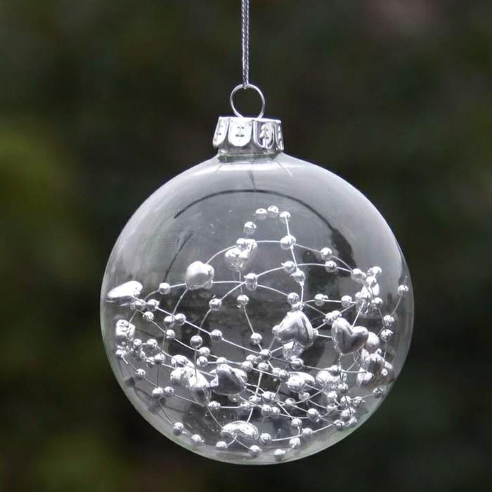 christbaumkugeln-glas-girlande-weihnachten-feiern-winterferien-weihnachtsbaum-deko