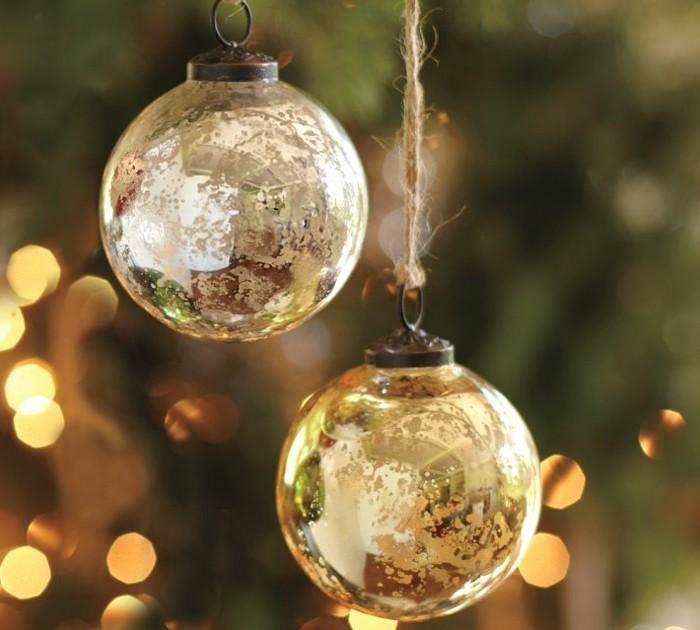 christbaumschmuck-glas-glaskugel-weihnachten-weihnachtslichter-weihnachtsbaum-schmuecken