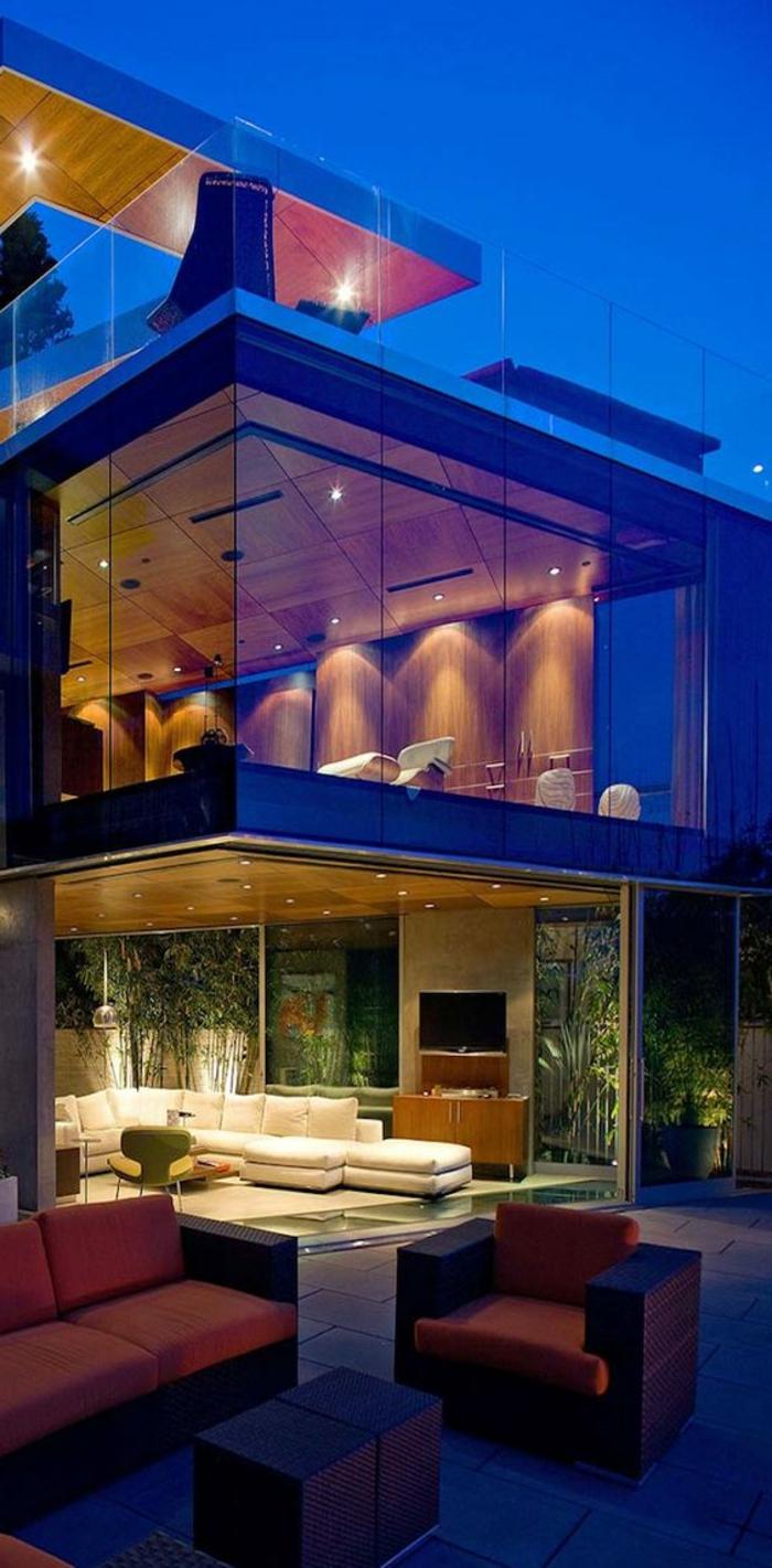 designer-wohnzimmer-in-dunkle-orange-braun-und-beige-gestalten
