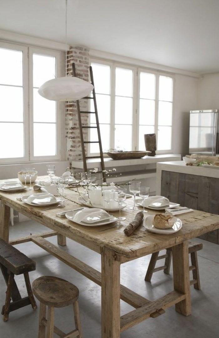 ein esstisch aus massivholz ist weit mehr als nur ein tisch. Black Bedroom Furniture Sets. Home Design Ideas
