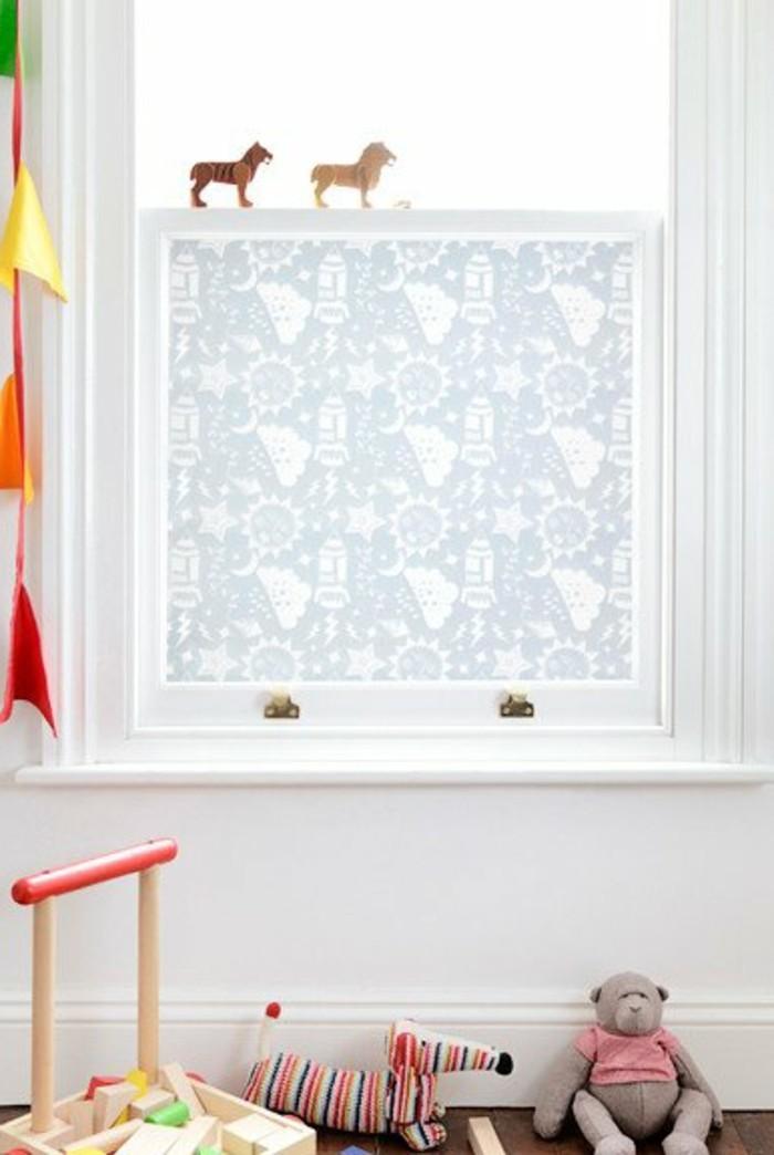 40 ideen f r sch ne kinderzimmer fensterdeko. Black Bedroom Furniture Sets. Home Design Ideas