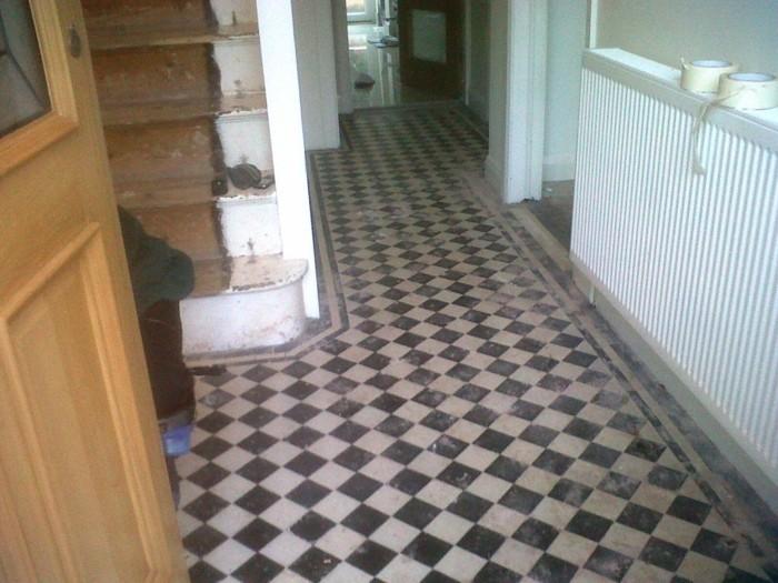 Fußboden Fliesen Schwarz Weiß ~ Fliesen für flur über bilder von den perfekten bodenbelägen