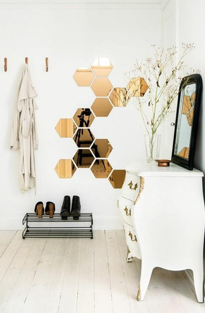 flur-einrichten-deko-flur-flur-in-weis-gestalten-spiegel-weiser-retro-schrank-schuhe-mantel