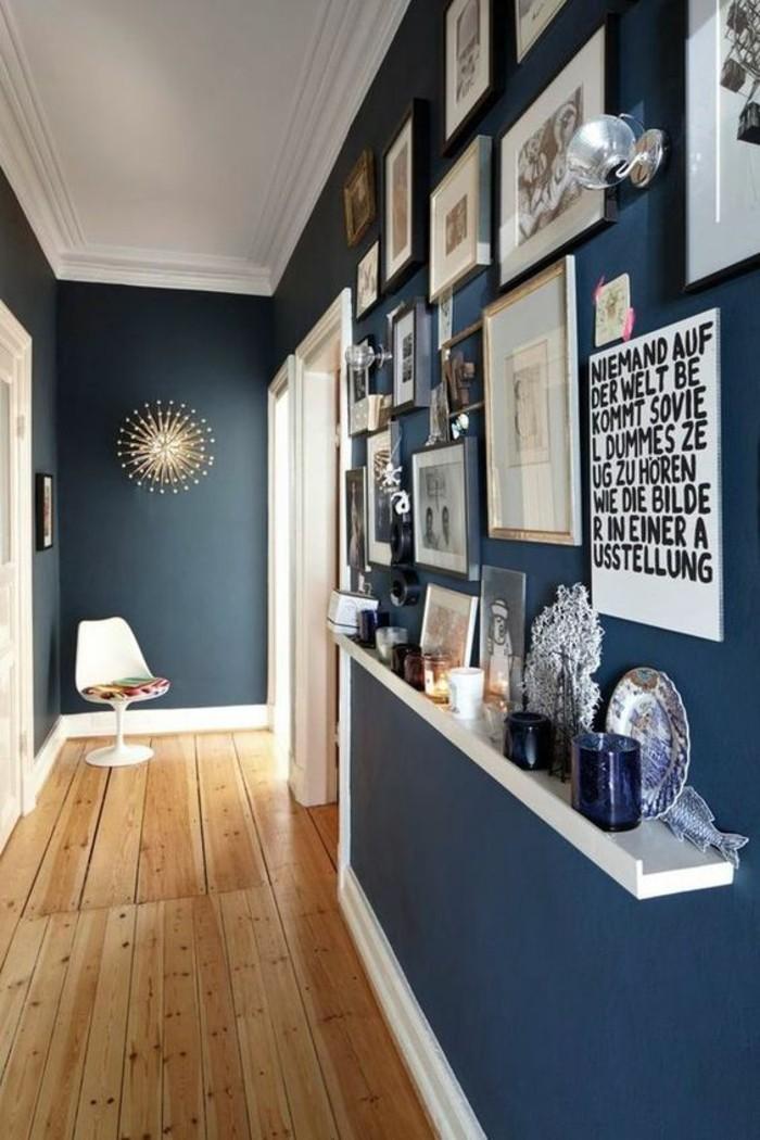 flur-einrichten-farbgestaltung-flur-flur-in-blau-mit-boden-aus-holz-fotos-sruche