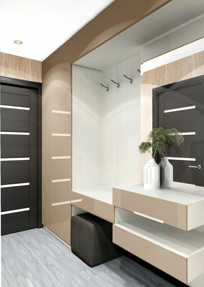 flur-einrichten-garderobe-idee-flurgarderobe-in-weis-und-beige-mit-spiegel