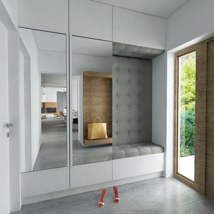 flur-einrichten-garderobe-idee-flurgraderobe-in-weis-mit-spiegeln