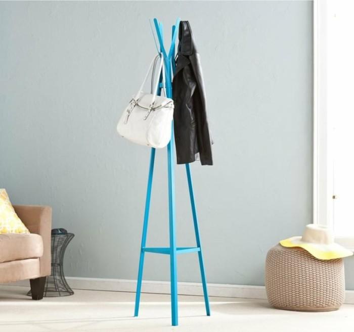 garderobe-gestalten-in-blauer-farbe